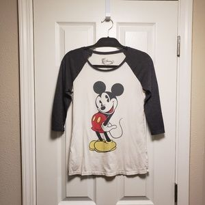 Disney Mickey Mouse fitted tee size Small